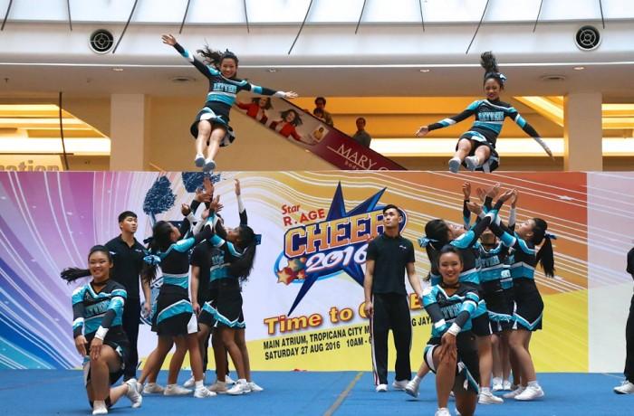 Cheer 2016
