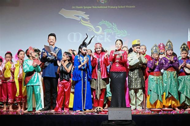 The students of Sri Kuala Lumpur Primary School performing dance drama Marek's Tale for their annual school production