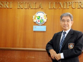 After 40 years, Malaysian principal Chew Teck Aun still loves teaching